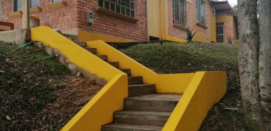 """Venta de dos casas """"Barbosa"""" construida en Lote de 700 mts"""